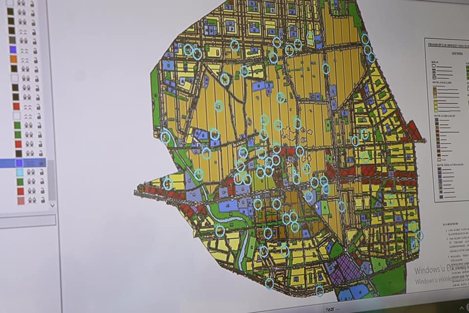 Bir harita ve yazı görseli olabilir
